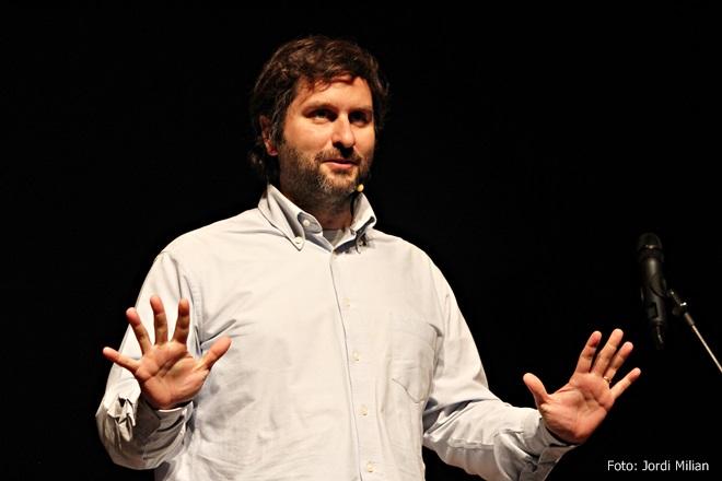 3er Concurs Monòlegs SAB 03 Martín piñol, presentador de la gala