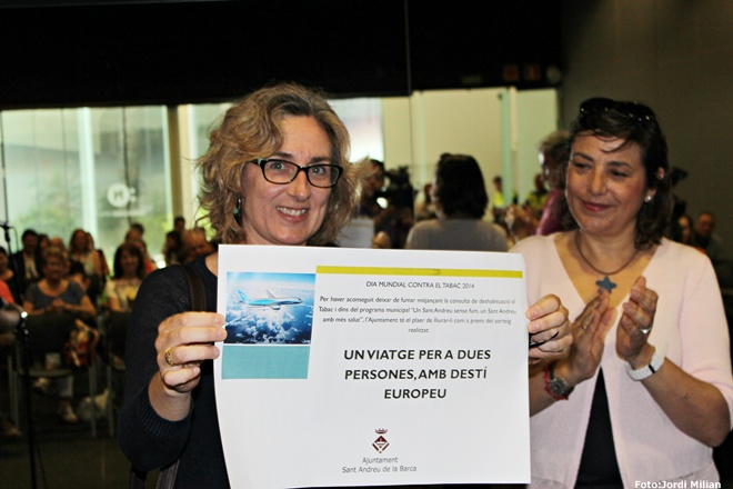 01-Campanya Dia Mundial sense tabac 2014- Ines Moro guanyadora del sorteig