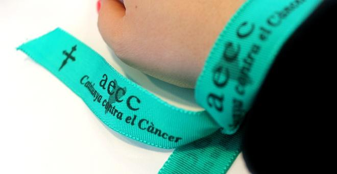 lluirta contra el càncer