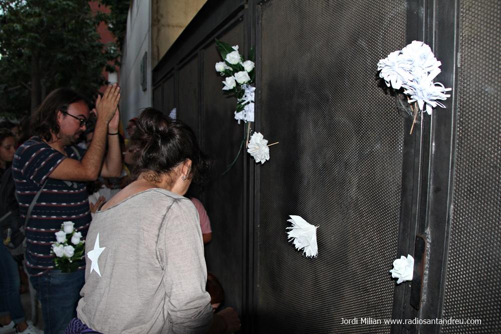 3 d'octubre concentració Ajuntament -03
