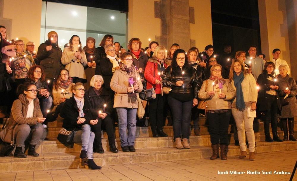 Acte rebuig violència envers les dones SAB -02