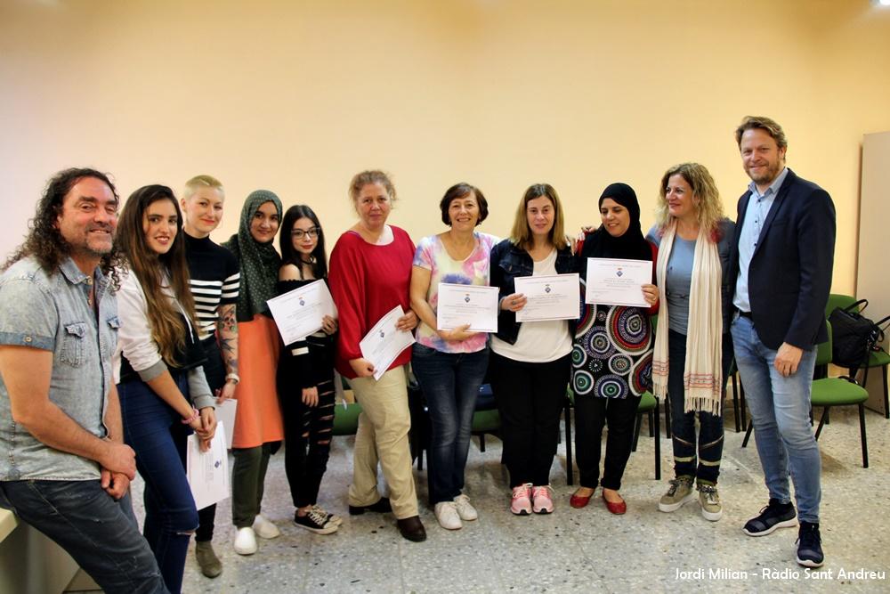 Lliurament Diplomes curs anglès Escoles Velles 01