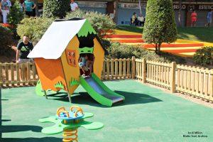 Remodelació jocs infantils plaça L'Onze Setembre  04