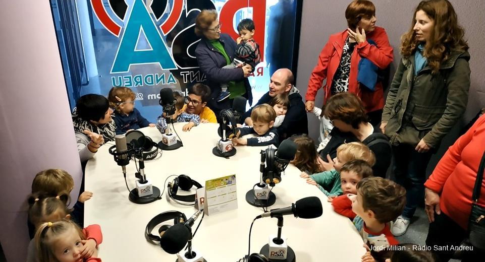 Escola-Bressol-El-Cavallet-visita-Ràdio-Sant-Andreu-03