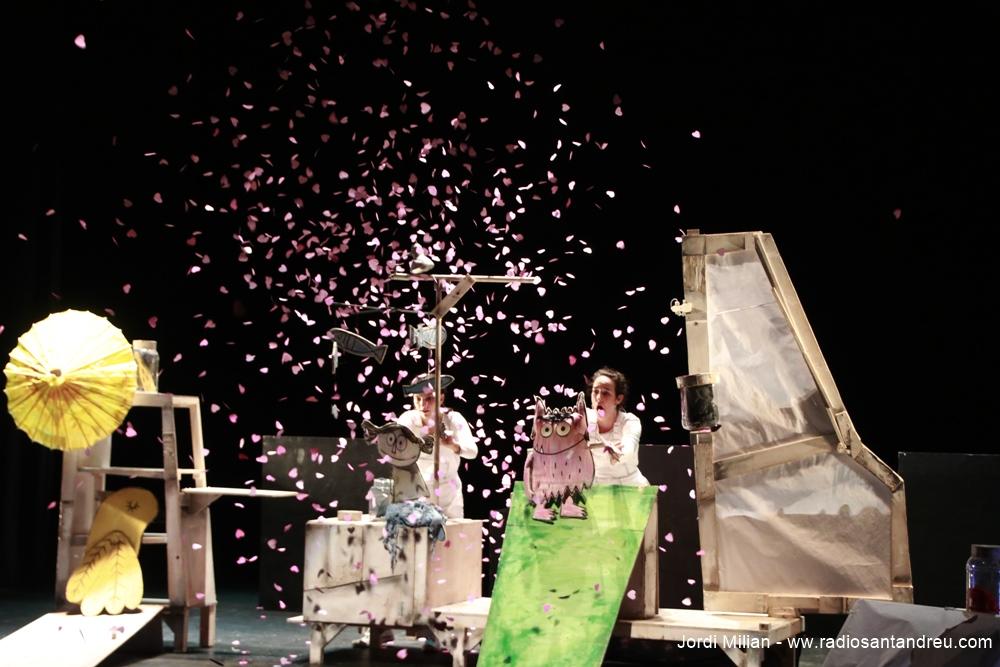 El Monstre de Colors al Teatre Nuria Espert 01