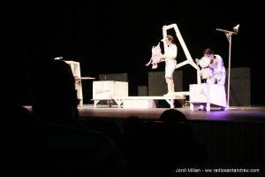 El Monstre de Colors al Teatre Nuria Espert 04