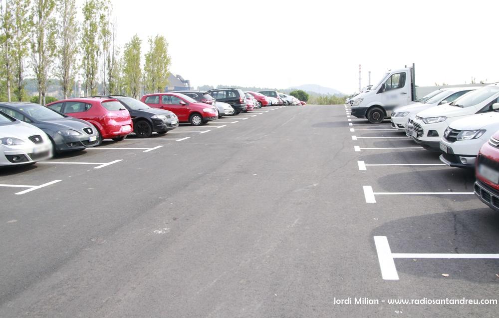 Finalitzada primera fase aparcament Barri La Solana 01
