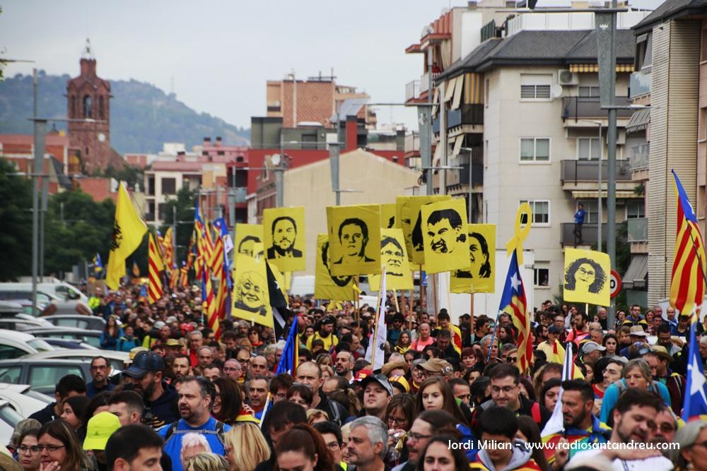 Marxa pèer la Llibertat a Sant Andreu Barca 02