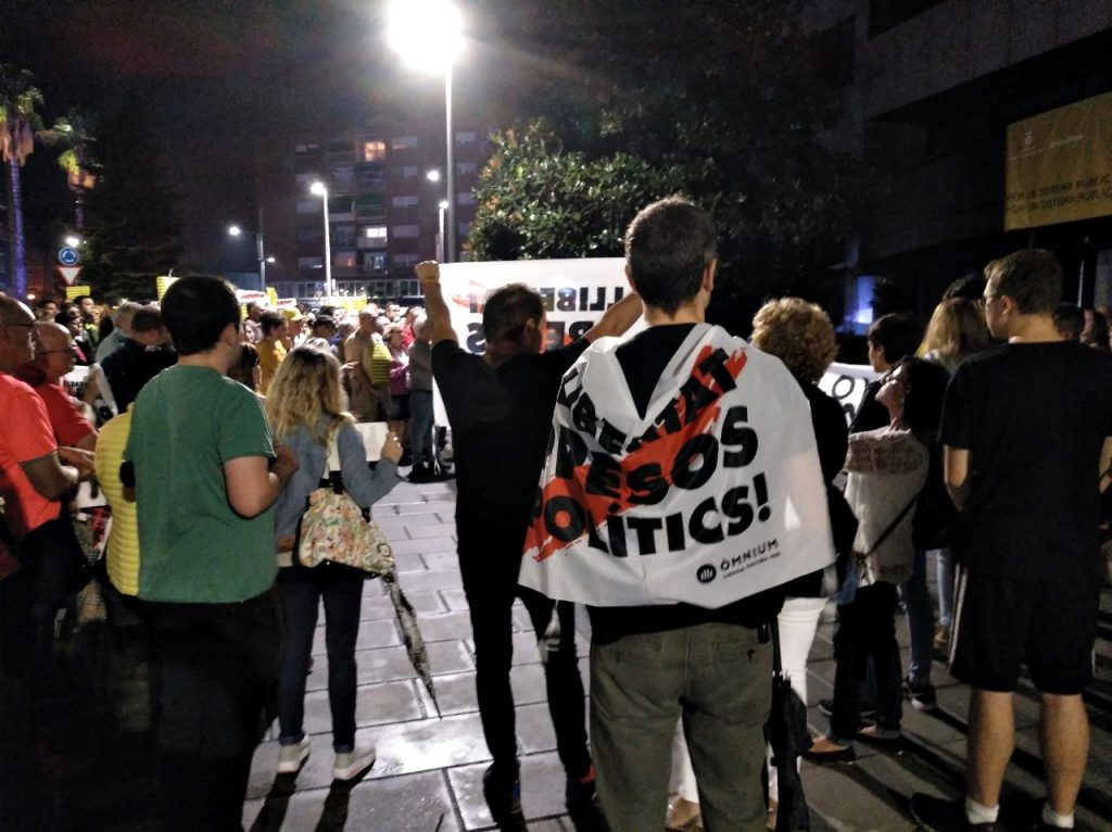 concentracio rebuig sentència Sant Andreu Barca 01