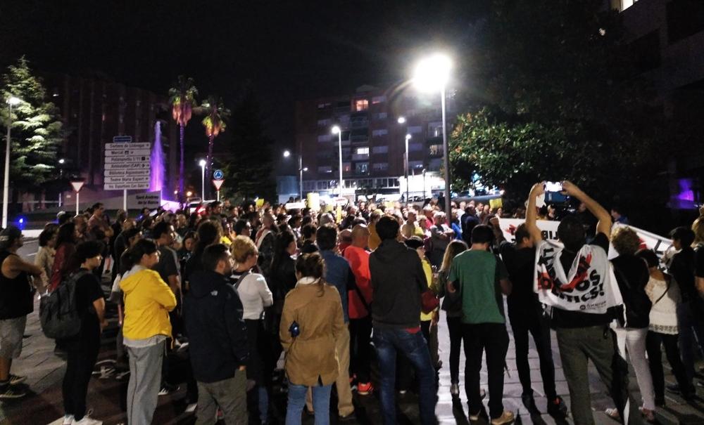 concentracio rebuig sentència Sant Andreu Barca 03
