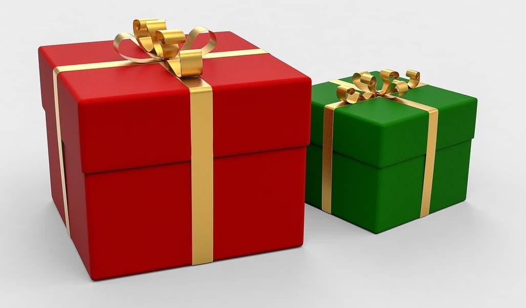 present-1893642_1280