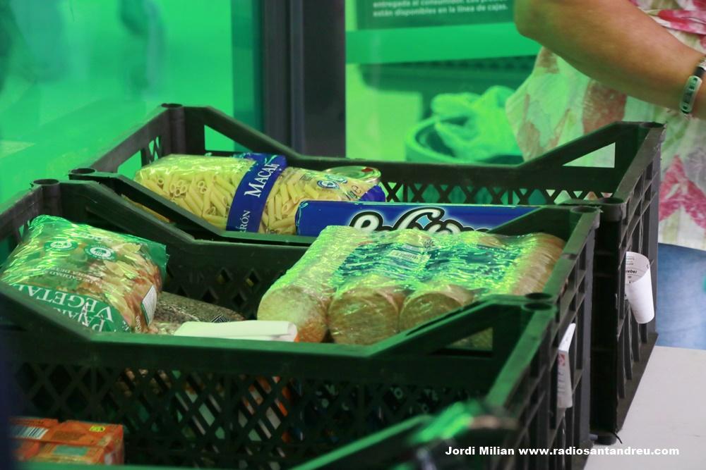 Recollida prodcutes primera necessitat 2010- 03