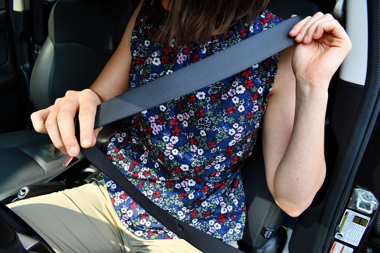 seat-belt-4227630_1280