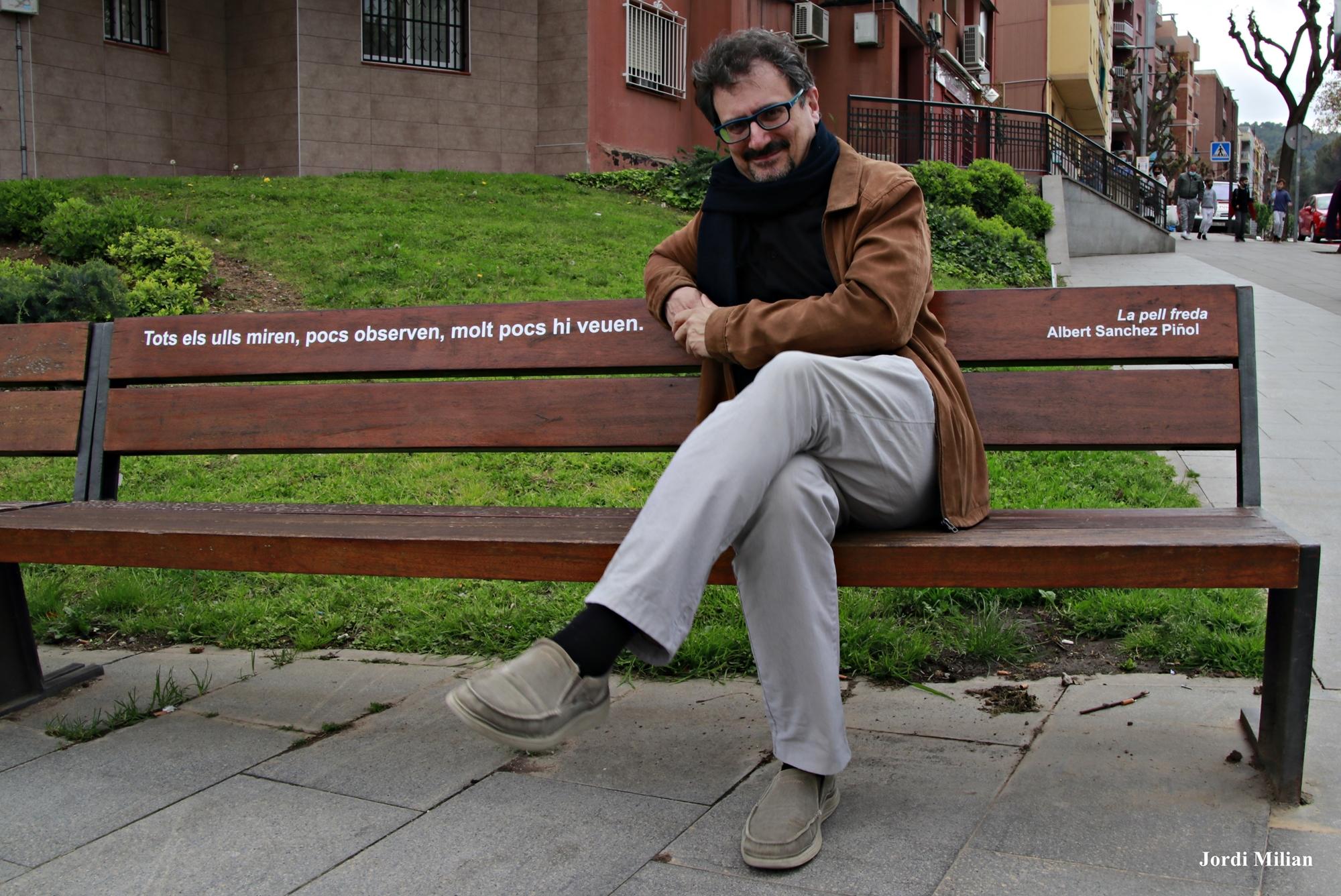 Albert Sánchez Piñol banc Sant Andreu Barca  signat r