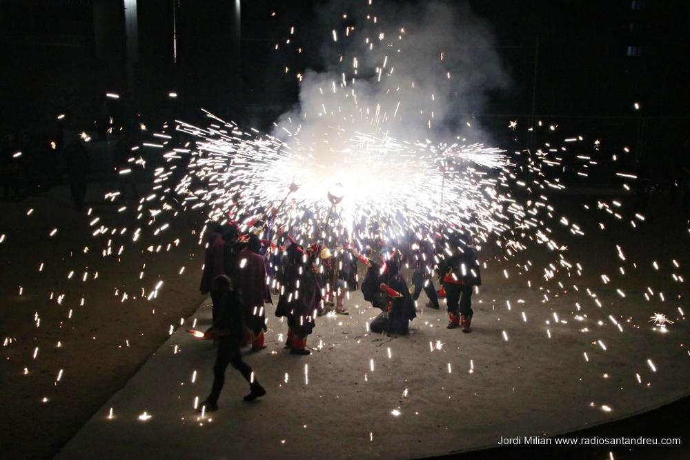 Sant Jordi 21 Espectacle Gegants i Diables 03