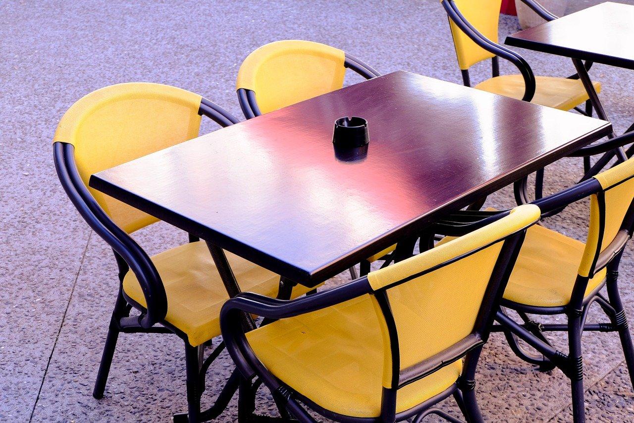chair-3258225_1280