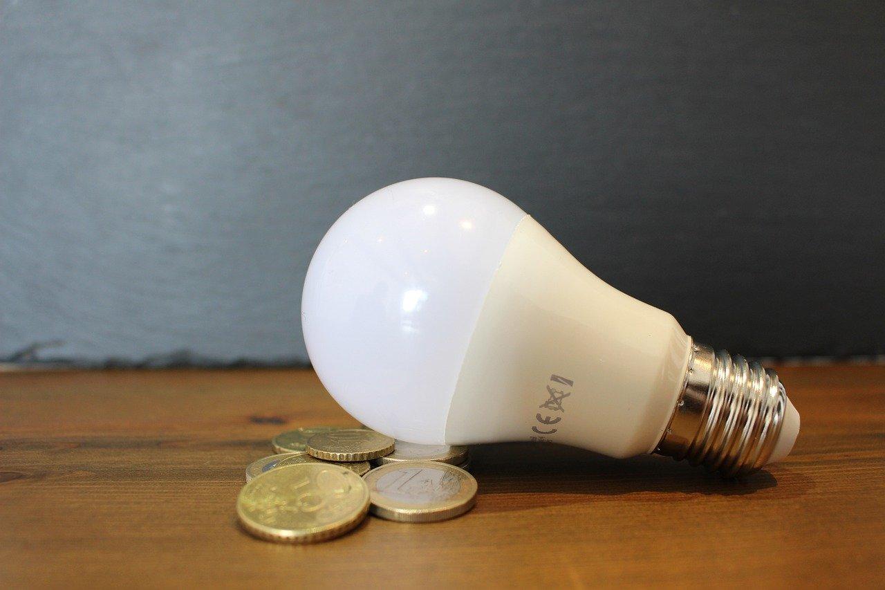 light-bulb-6065189_1280