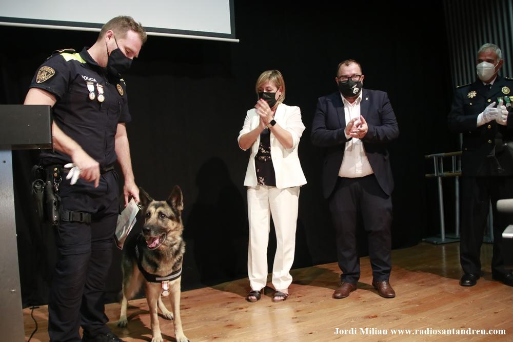 L'agent canina Kènia ES JUBILA 07